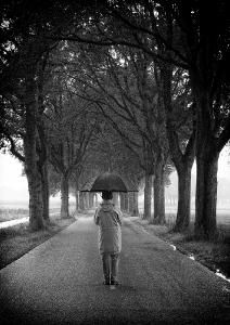 02 Under my umbrella (Rihanna)